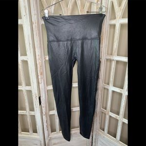 Spanx faux leather xl leggings cracked